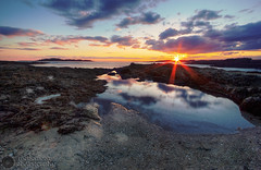 John Cove Light Show (rodeonexis - photography) Tags: ocean statepark sunset red sea orange seaweed reflection me pool beautiful clouds portland island amazing colorful purple maine rocky sunny shore flare sunburst epic tidal kettlecove hdr shimmer capeelizabeth twolights johncove