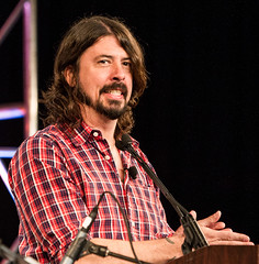 Dave Grohl is a keynote speaker at SXSW 2013 (3FM) Tags: music rock glasses foto ben muziek spectacles foofighters keynote foureyes davegrohl keynotespeaker 3fm houdijk fotobenhoudijk