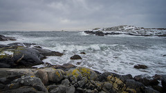 Kalvehageneset (Birgit F) Tags: ocean sea norway clouds march norge spring waves windy wideangle photowalk chilly fullframe skagerrak tang tare homborsund skerries grimstad svaberg austagder kalvehageneset homborsundfotoklubb spiggent