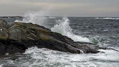 Kalvehageneset (Birgit F) Tags: ocean blue sea green norway norge spring waves photowalk skagerrak homborsund skerries grimstad svaberg austagder fototur bølgeskum kalvehageneset homborsundfotoklubb