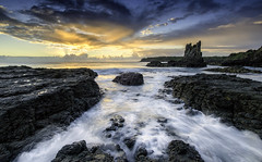 Cathedral Rocks (Langthanee Photography) Tags: panorama sunrise pano kiama cathedralrocks monthira