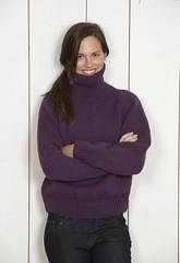 Purple Turtleneck Girl (Mytwist) Tags: woman wool girl lady cozy sweater warm knitted brunette raglan bulky handknitted wolle sweatergirl woolfetish свитер woolfreaks большим вязаный воротником