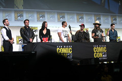 Ben Affleck, Gal Gadot, Ray Fisher, Ezra Miller, Jason Momoa & Henry Cavill (Gage Skidmore) Tags: zack snyder ben affleck henry cavill gal gadot ray fisher ezra miller jason momoa justice league film san diego comic con international california convention center