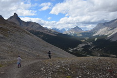 Descending Parker Ridge (barry gahan) Tags: canada canadianrockies icefieldsparkway