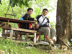 friendly chickens (DOLCEVITALUX) Tags: chickens photoshoot wrapper environment portrait trekking trek mountain outdoor adventure