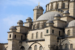 New Mosque in Istanbul (chrisdingsdale) Tags: mosque istanbul stanbul turkey historic landmark building religious structure architecture exterior outdoor heritage camii sultanahmet travel tourist attraction destination tourism ottoman byzantine turkish culture roof europe dome islam islamic muslim oriental monument cupola closeup detail architectural newmosque imperial eminonu stone