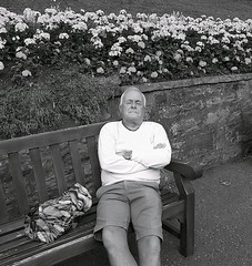 Forty winks ... (vmanseventy) Tags: robertbmcneill tripuk scotland edinburghstreetphotography edinburghinternationalfestival scottishstreetphotography peoplephotos nikon ricohgrd1v lefteyed 50mmlens streetcandid blackandwhite filmphotography decisivemoment edinburghcastle princesstreet royalmile stgiles highstreet mound moundsquare eastprincesstreetgardens sirwalterscottmonument nationalgalleryofscotland rsa ramsaygarden waverley rosestreet playfairsteps westprincesstreetgardens georgeivbridge nikonf65 nikonfm fujix100s ricohgr panasoniclumixgm11232mmlens olympusbodycaplens panasonic20mm17ii fujixpro1 fuji18mmf2lens fuji27mmlens kodakportra160400 agfaisoletteiiisolinar45lens