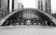 Canary Wharf Station - London (Craig Pitchers) Tags: london station underground nikon tube canarywharf unitedkingdon 2470mm canarywharfstation nikon2470mmf28 d7000 nikond7000