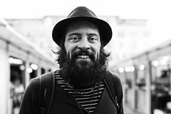 streetportrait#68: Mono. (raul gonza ez) Tags: portrait blackandwhite bw man byn blancoynegro noir retrato biker mallorca palma streetshot