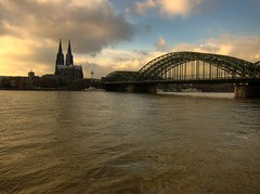 Golden Sunset by the Rhein (Lanfranch) Tags: europa kln rheinland hdr germania westfalia bundesrepublikdeutschland renania me2youphotographylevel2 me2youphotographylevel1