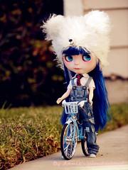 Hey, Hazel, come ride bike with me!!