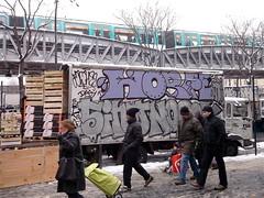 Horf Graffiti Truck (tofz4u) Tags: street people snow streetart paris truck graffiti tag mtro camion neige van rue 75018 march ligne2 ratp artderue horfe metroarien horphe