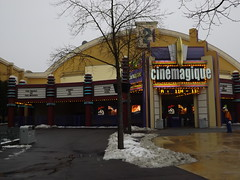 CineMagic (CoasterMadMatt) Tags: park winter snow cinema paris france weather season french photography  foto photographie photos snowy euro disneyland hiver january courtyard disney resort photographs theme production neige studios blanche temps walt janvier scenes parc franais park disneylandparis conditions saison disneylandresortparis condition parc thme 2013 studios walt productioncourtyard cinmagique theme paris euro disney coastermadmatt thme