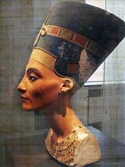 Nerfertiti discovered exactly 100 years ago - Neues museum Berlin [ Feb 13, 2013 #257 Explored ] (JanvanSchijndel) Tags: city travel blue light red vacation portrait berlin art texture colors face museum composition contrast germany ancient bokeh expression details famous country perspective egypt visit explore nefertiti tourisme