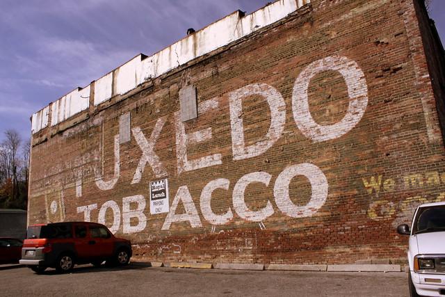 Tuxedo Tobacco wall ad - LaFollette, TN