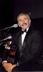 "Aaron Tippin • <a style=""font-size:0.8em;"" href=""http://www.flickr.com/photos/92203461@N04/8486065755/"" target=""_blank"">View on Flickr</a>"