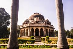 Mohammed Shah Sayyid's Tomb (Kumaravel) Tags: travel monument samsung crop newdelhi lodigarden kumaravel nx100 mohammedshahsayyidstomb