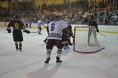 MSU Ice Bears  vs. Loyola University - Chicago (Adventurer Dustin Holmes) Tags: sports hockey sport icehockey msu div2 loyolauniversity collegehockey haca eishockey icebears hoki missouristateuniversity divisionii division2  divii  hokej 2013  hokejs hquei jgkorong hochei hokk    mediacomicepark ledoritulys hoci 02022013 020213 february22013