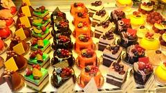 Parisienne Treats (Fourbluz) Tags: paris france berries treats desserts pastries pleasanton parisienne yabbadabbadoo