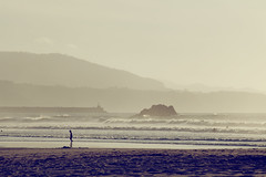 Conillet (laororo) Tags: ocean sea beach silhouette afternoon asturias