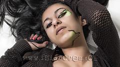 ngel o demonio (Isidr Cea) Tags: angel chica modelo fantasy fantasia demon boudoir lagarto demonio saramachfouk wwwisidroceacom