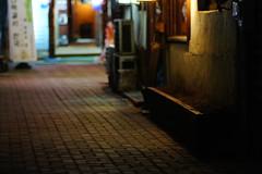 2140/1758 (june1777) Tags: snap street seoul night light sony nex 3 nex3 carl zeiss kyocera contax 85mm f14 3200 insadong bokeh