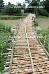 Bamboo bridge near Singee (Weekend Destinations) Tags: singee vilage guest house bardhaman bardaman