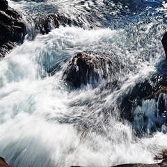 DSC_9560-hugging the rocks (nokhum.markushevich) Tags: rocks waves pointlobos
