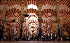 Mezquita-Catedral, Cordoba, Andalucia, Espana (claude lina) Tags: claudelina espana spain espagne andalucia andalousie ville town city architecture cordoba cordoue mosque cathdrale mezquitacatedral colonnes