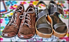 Slider Sunday: Back To School Shoes (Sue90ca Glorious Autumn) Tags: canon 6d slidersunday hss schoolshoes