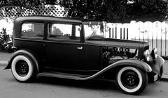 Ford V8 Tudor 1932 (estenvik) Tags: erikstenvik estenvik ford v8 1932 b veteranbil vintage car automobil classic blackandwhite monochrome coach tudor