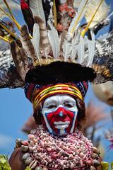 Goroka Show 23 (travelationship) Tags: travel travelationship travelphotography papuanewguinea png gorokashow goroka easternhighlandsprovince singsing tribe culturalshow