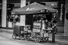 Coffee time (jim.tavasci) Tags: coffee mall rundle adelaide vittoria cart bike