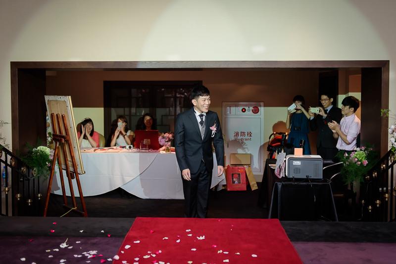 國賓婚攝,台北國賓,國賓飯店婚宴,新秘Miko ,婚攝小勇,台北婚攝, 愛瑞思新娘秘書造型團隊,西敏英國手工婚紗,小寶工作室-016