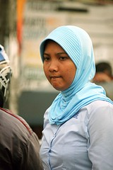 2009_04_20_9999_89fr (Mangiwau) Tags: fashion scarf veil hijab wear m clothes jakarta islamic headwear blok fatmawati selatan jilbab cewek inindonesia cipete ciputat dki simatupang lebak bulus tangsel