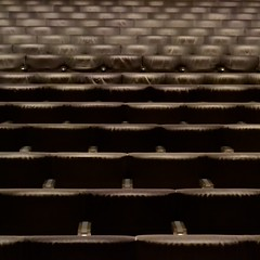 @ The KOOL.HAAouSe#7 [Crescendo applause] (TheManWhoPlantedTrees) Tags: lines architecture concert porto remkoolhaas 100views oma koolhaas casadamúsica plateia emptyplaces noaudience maartenvanseveren linhadefrente salasuggia tmwpt interescritório theaudienceapplaudedandleft