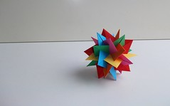 UVWXYZ - Stella! (mancinerie) Tags: origami paperfolding modularorigami intersectingplanes