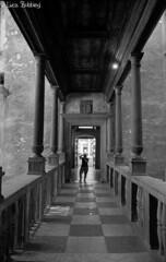 Perspective With A Photographer (Luca Bobbiesi) Tags: castle film blackwhite scanner trento biancoenero kodaktmax100 pellicola canoneos500n ef1740mmf4l beseno tentino epsonv500