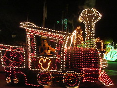 Main Street Electrical Parade (faithcburgess) Tags: street goofy main disney parade electrical