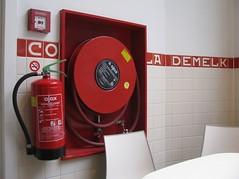AMSTERDAM 280213 (5) (streamer020nl) Tags: holland amsterdam fire nl ajax nieuwendijk brandslang chocolademelk brandblusser 2013 280213