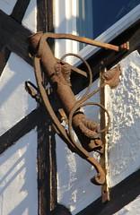 (:Linda:) Tags: germany town thuringia wornout kaputt outofservice flagholder hildburghausen ausgedient fahnenhalter