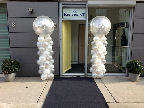Ballonpilaar Breed Rond Zilver Wit Love Doves King Print Spijkenisse