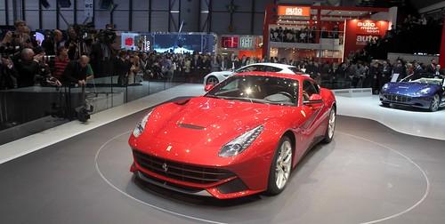 1200079_car-002