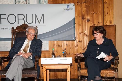 Oslo Forum 2013
