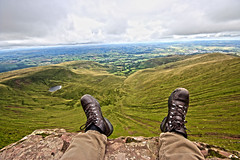 Loving the view (Andyorf) Tags: andyorf canon 600d sigma1020 sigma breconbeacons penyfan