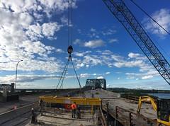 remplacement du tablier au pont Honor-Mercier/Deck replacement Honor Mercier Bridge (Ponts JACQUES CARTIER + CHAMPLAIN Bridges) Tags: pont honor mercier infrastructure tablier mohawk kahnawake 138