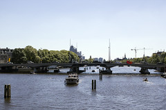 Amstel looking South (Wookiee!) Tags: amsterdam 020 nederland the netherlands holland dutch city centre capital hoofdstad nl color colours summer sunny hot warm beautiful raw canon dlsr d550 ef 35mm f2 is usm architecture life street urban wwwgevoeligeplatennl