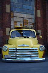 Chevy (lowrider) (Knarfs1) Tags: roof load dachlast car old custom oldtimer yellow chevrolet pickup low rider