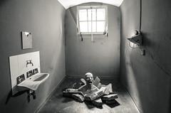 Women's Prison Berlin-Lichterfelde (KrolopFoto.de) Tags: berlinlichterfelde frauengefngnis womensprison raf krolopfoto krolop forgotten memorial abandoned shtstrase ateliers kunst denkmal tagdesoffenendenkmals blackandwhite blancoynegro schwarzweis sw bw prison architektur verlassen vergesseneorte noiretblanc ausstellung gefngnis