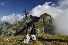 New frontier (matteo.buriola) Tags: friuli cimon di palantina cima manera piancavallo alpago trekking hiking panorama croce vetta nikon d3100 1855